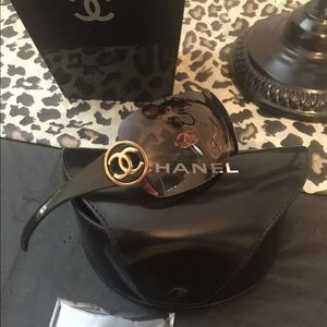 💯%Authentic Chanel Brwn Gold Rimless Shield 4145